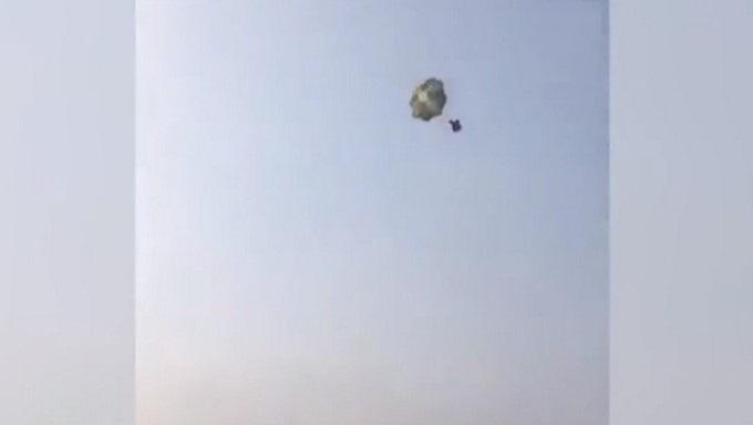 gallina paracaidas