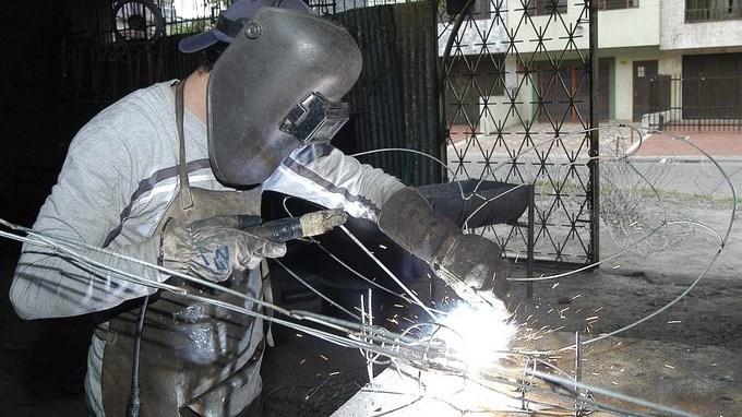 metalurgia soldador empleo desempleo Copiar