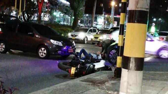 Accidente de tr%C3%A1nsito cerca de McDonalds de Las Vega 2 copia