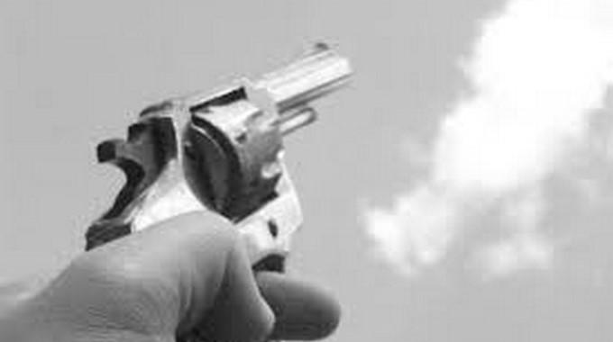 arma bala balazo arma de fuego pistola revolver