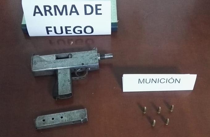 Arma fuego Abandonada copia