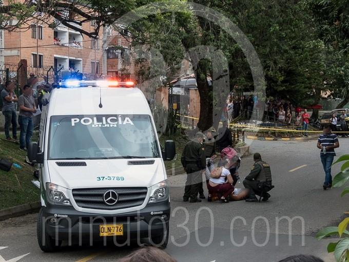 en fotos y video estaba decapitado el cuerpo que hallaron en un motocarro en bello1577