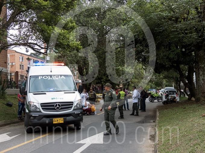 en fotos y video estaba decapitado el cuerpo que hallaron en un motocarro en bello1578