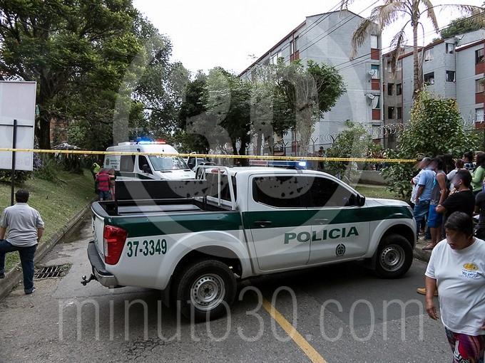 en fotos y video estaba decapitado el cuerpo que hallaron en un motocarro en bello1580