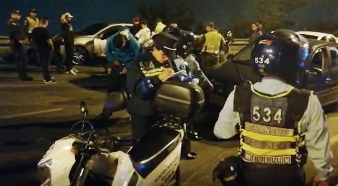 Operativos por piques ilegales en Las Palmas, Medellín, dejan 141 comparendos y 54 motos inmovilizadas