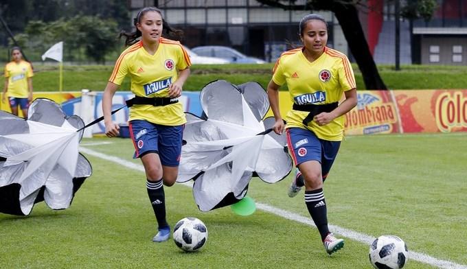 Michelle Lugo i y Daniela Arias colombia femenina Copiar