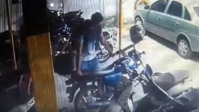 ladron moto