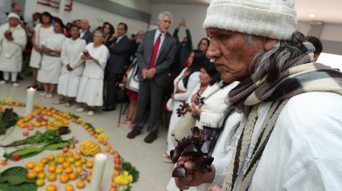 Comunidad indigena recibe casas en Bogota