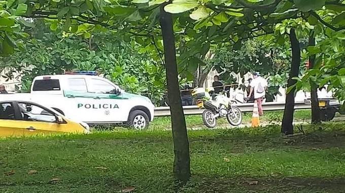 Recuperacion de un cuerpo sin vida en Medellin 1 Copiar