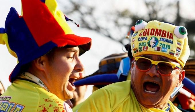 COPA AMERICA HINCHAS COLOMBIA COLOMBIANOS 3 Copiar