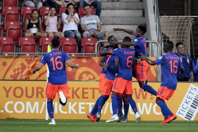Los jugadores de Colombia celebran un gol en el Mundial sub 20. EFEEP