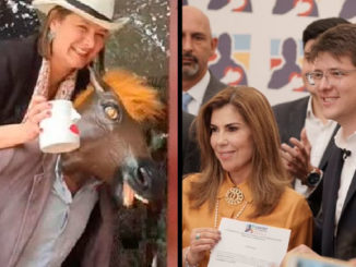 Angela Garzon montando a caballo como Uribe