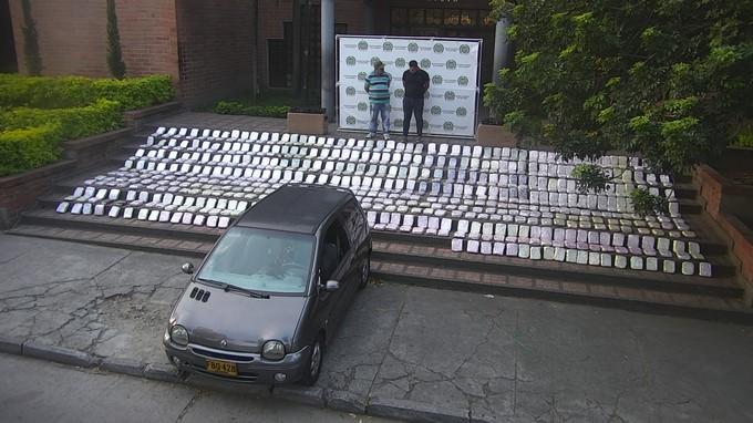 Marihuana incautada barrio Lopez de Mesa Medellin 1