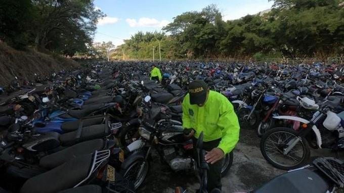 Motos Medellin Policia Nacional