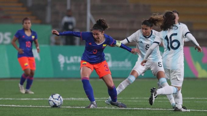 Colombia vs Argentina futbol femenino imagen ilustrativa