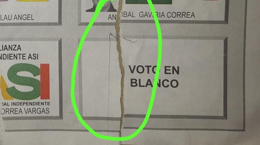 Supuesto voto manipulado en puesto de votacion en Medellin elecciones 2019