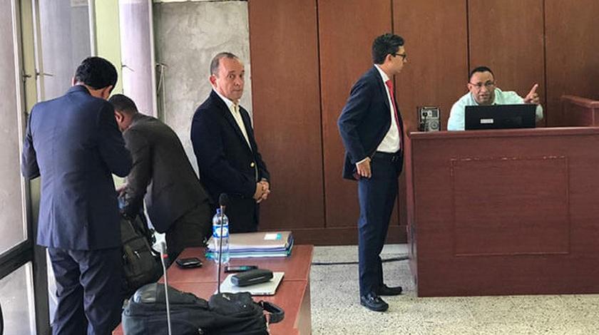 Santiago Uribe Velez en juicio