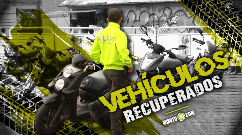 Motocicletas y carros recuperados