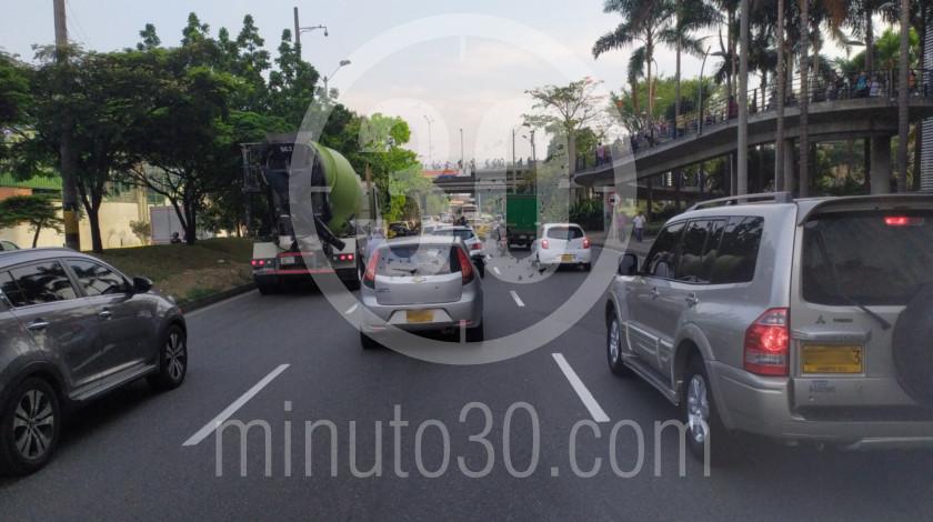 Calles de Medellin con pico y placa ambiental estado de alerta1