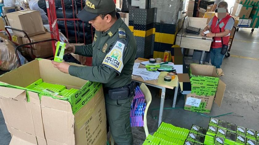Contrabando incautado 28 mil articulos en Medellin