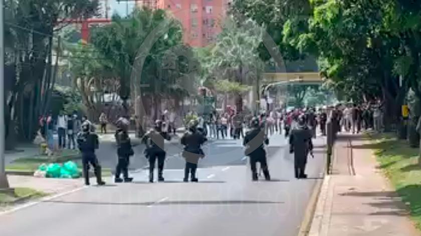 manifestacion en el poli