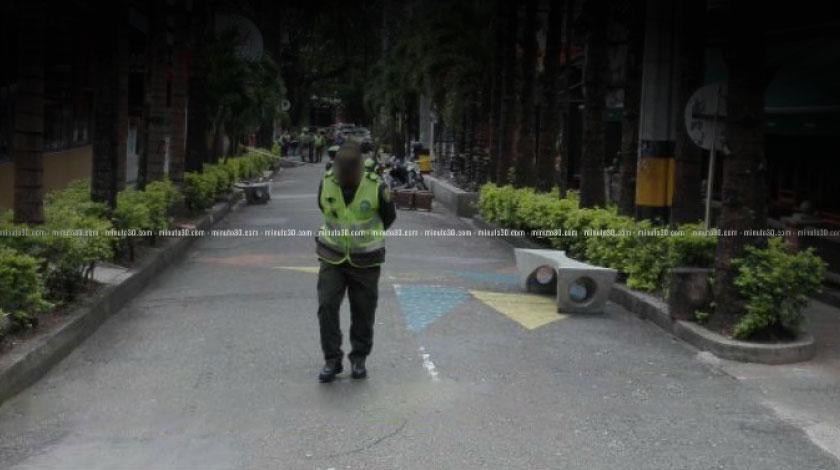 policias operativo parque lleras el poblado
