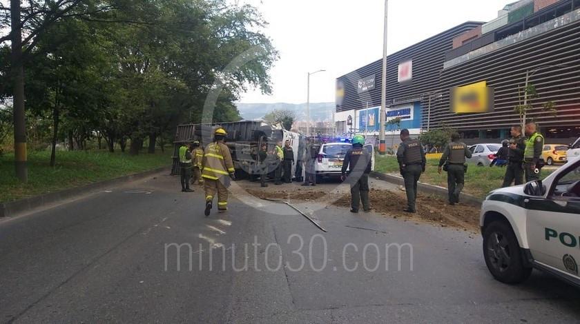 01 03 20 capturado conductor camion volcado