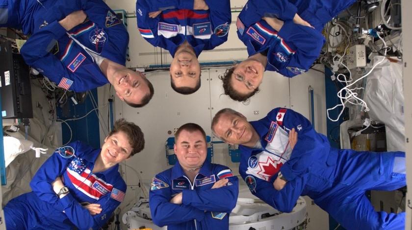 25 03 20 astronautas nasa