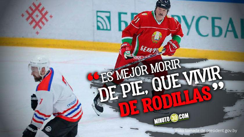 Presidente de Bielorrusia desafia al coronavirus jugando hockey