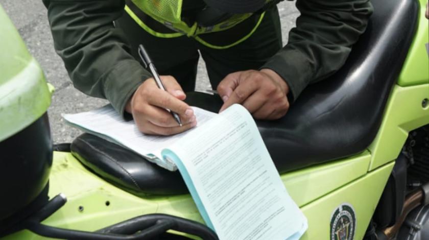 policia sancion multa