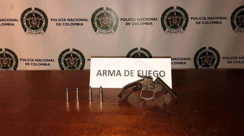 Arma de fuego artesanal incautada a un joven en Loreto