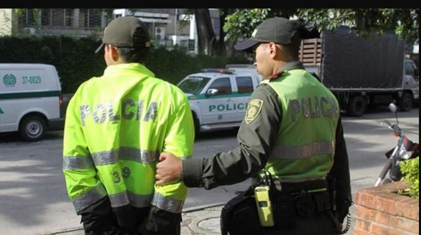 Policia capturado en Colombia Copiar