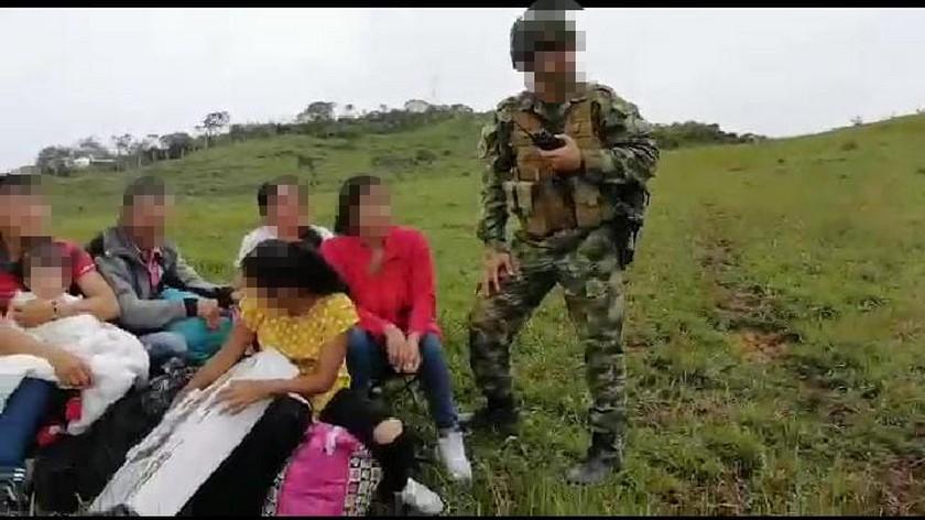 familia desplazada en Ituango 2