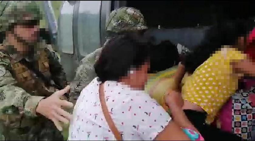 familia desplazada en Ituango 3