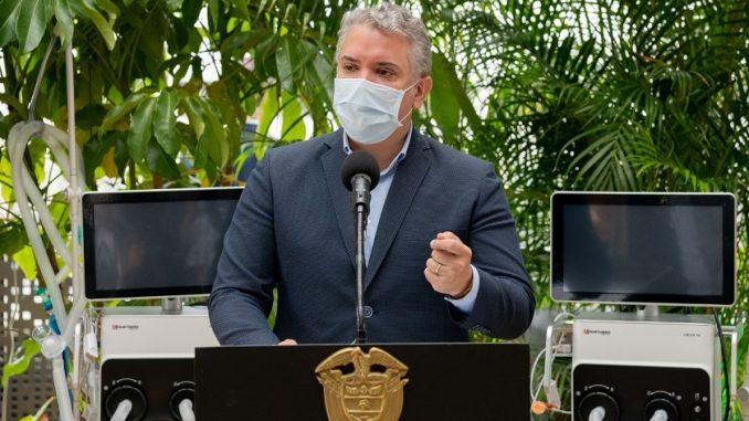 Duque desde Medellín Día sin Iva