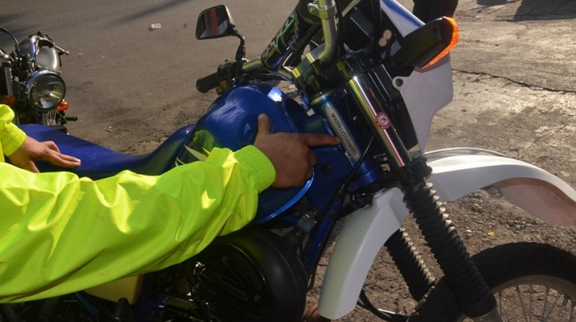 DT moto yamaha ilustrativa robada policia