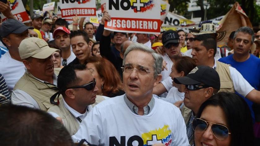 Marcha Alvaro Uribe Velez noticias Bogota