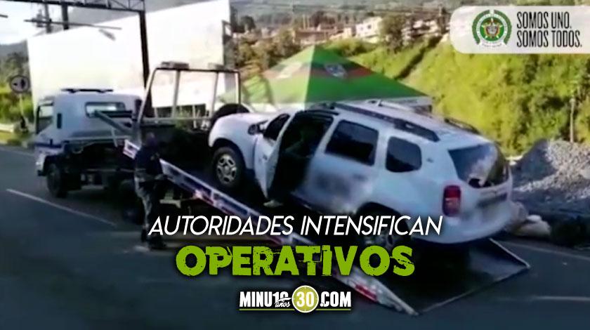Meros vivos En oficinas improvisadas venden tiquetes para viajar en transporte ilegal