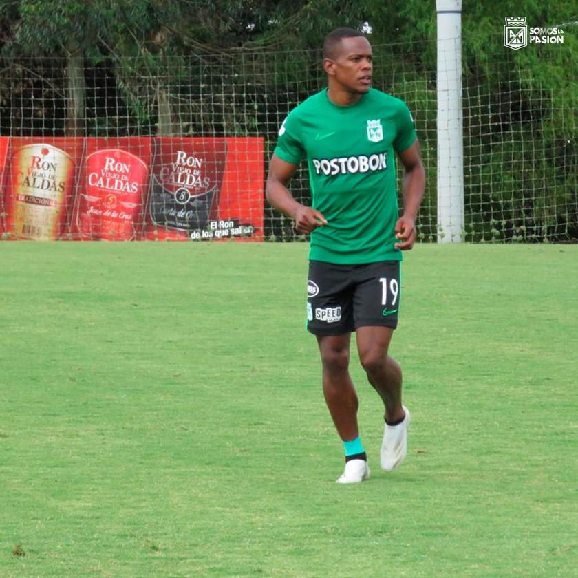 Yerson Candelo entrenamiento Nacional