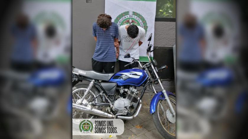 capturados con moto robada en el centro de Medellin