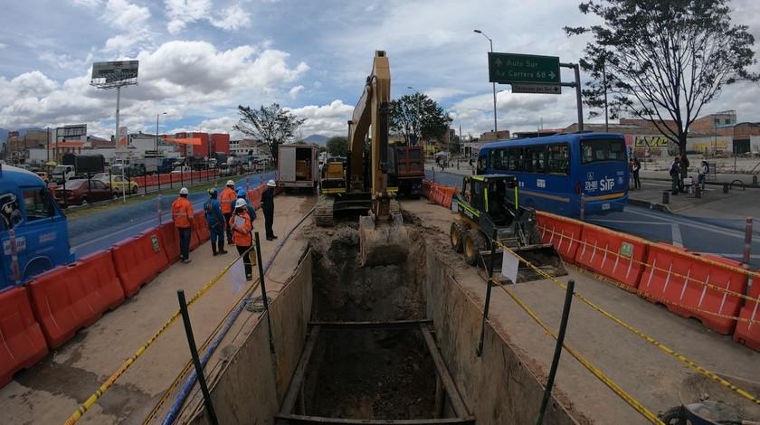Traslado de redes de acueducto Metro de Bogota 4