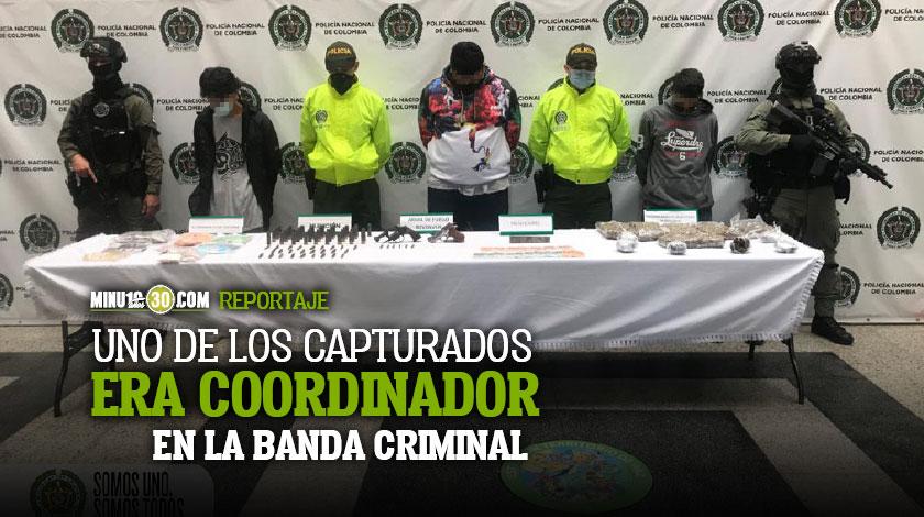 Con mas de tres kilos de droga y un monton de cartuchos y armas capturaron a tres del Mesa en Bello
