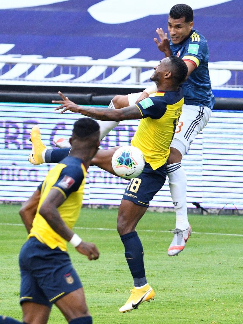 Ecuador vs Colombia 11
