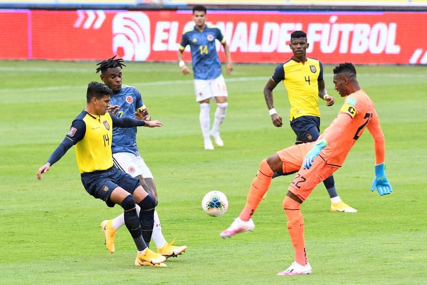 Ecuador vs Colombia 12
