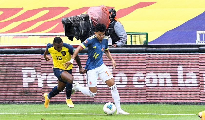 Ecuador vs Colombia 13
