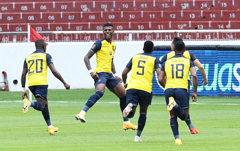 Ecuador vs Colombia 15