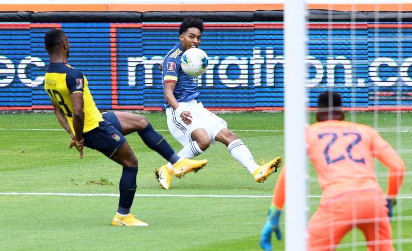 Ecuador vs Colombia 17