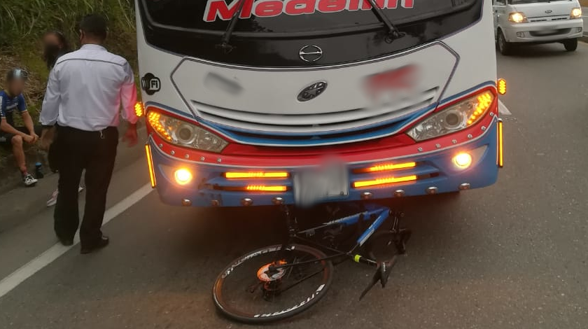 accidente ciclista weimar roldan 1