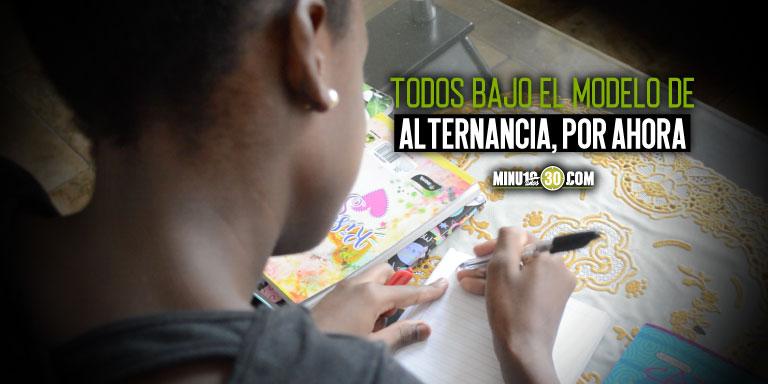 Este lunes inician clases mas de 267.000 estudiantes de colegios publicos en Medellin