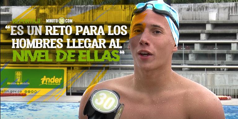 Gustavo Sanchez celebra la inclusion de los hombres en la natacion artistica